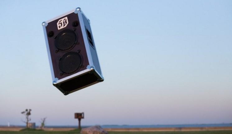 Yüksek Sesli ve Portatif Bataryalı Hoparlör SoundBoks